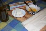 Брынза, яйца и тесто для банницы