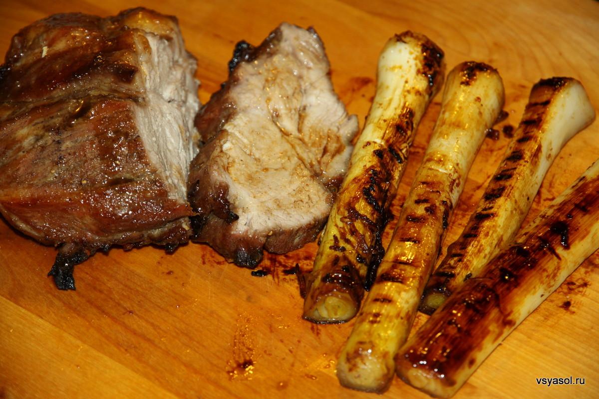 Свинина барбекю по-китайски с глазированным пореем