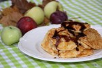 Завтрак: оладушки с яблоками