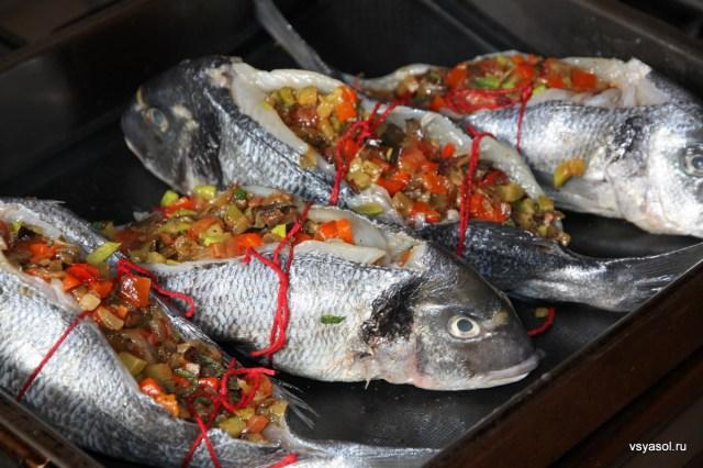 Дорада, фаршированная по-провансальски, с шафрановым соусом – Вся Соль - кулинарный блог Ольги Баклановой