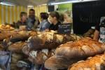 Фермерские хлеба на рынке Пленпале, Женева