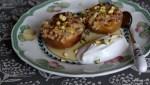 Десерт из фаршированных персиков