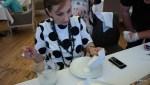 Лилия Александровна готовит сулугуни