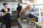 В горной таверне Илиаманолис блюда выбирают не по меню, а на кухне
