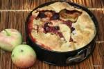 Осенний пирог с яблоками и грушами