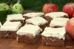 Пирожные с яблочным пюре с помадкой из крим-чиза