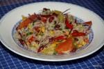 Салат из киноа с фасолью и апельсином