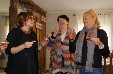 По рюмке крепкой эстонской водки
