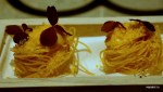 Картофельные спагетти с трюфельным голландским соусом и сушеным яичным желтком