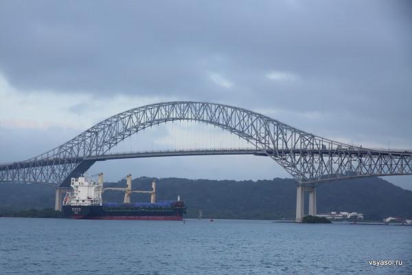 Мост Америк через Панамский канал