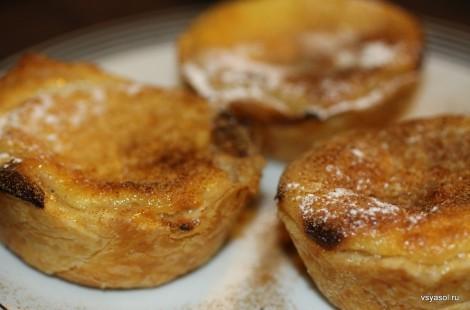 Pasteis de Belem, тарталетки с заварным кремом