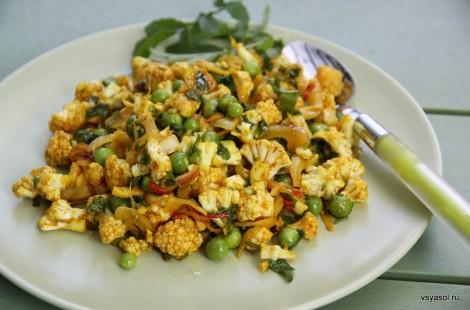 Салат из сырой цветной капусты на тайский манер