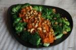 Хуммус из запеченного перца с брокколи