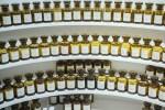 В Грассе учат различать 2 тысячи ароматов. Фото: Анатолий Мирбк