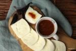 Майоркинский соус из сухой смеси хорош с брынзой