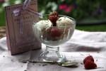 Сливочно коричное домашнее мороженое с лавандой