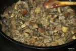 Жарим грибы в сливках