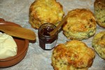 Английские сконы с сыром