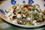 Салат с булгурой, брынзой и виноградом