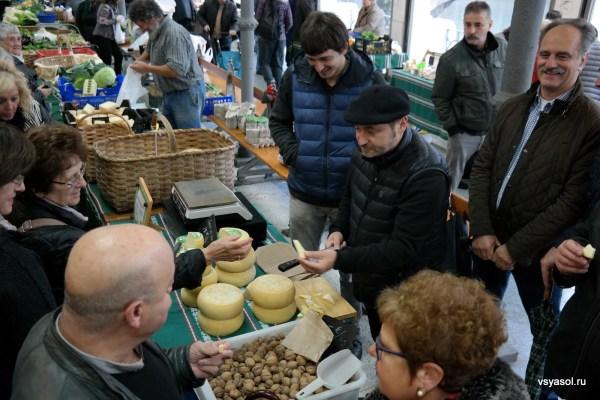 Пробовать сыр Идиасабаль - это одновременно искусство и наслаждение