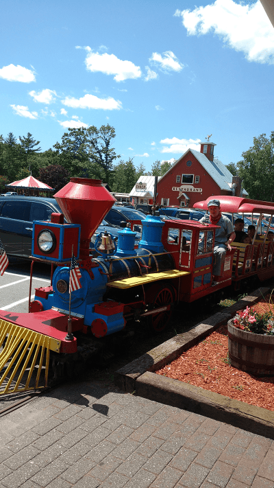 Image of kid's train at Quechee Gorge Village