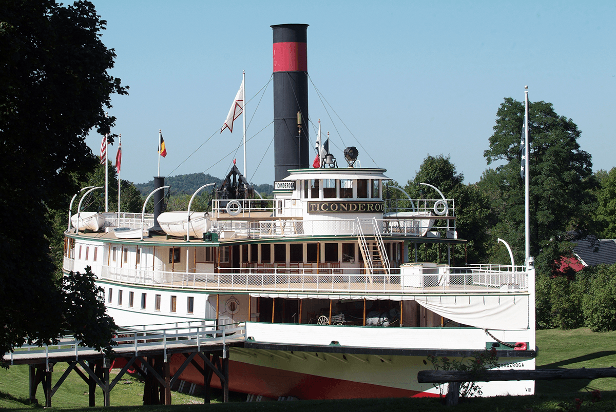 Image of the steamboat Ticonderoga at Shelburne Museum