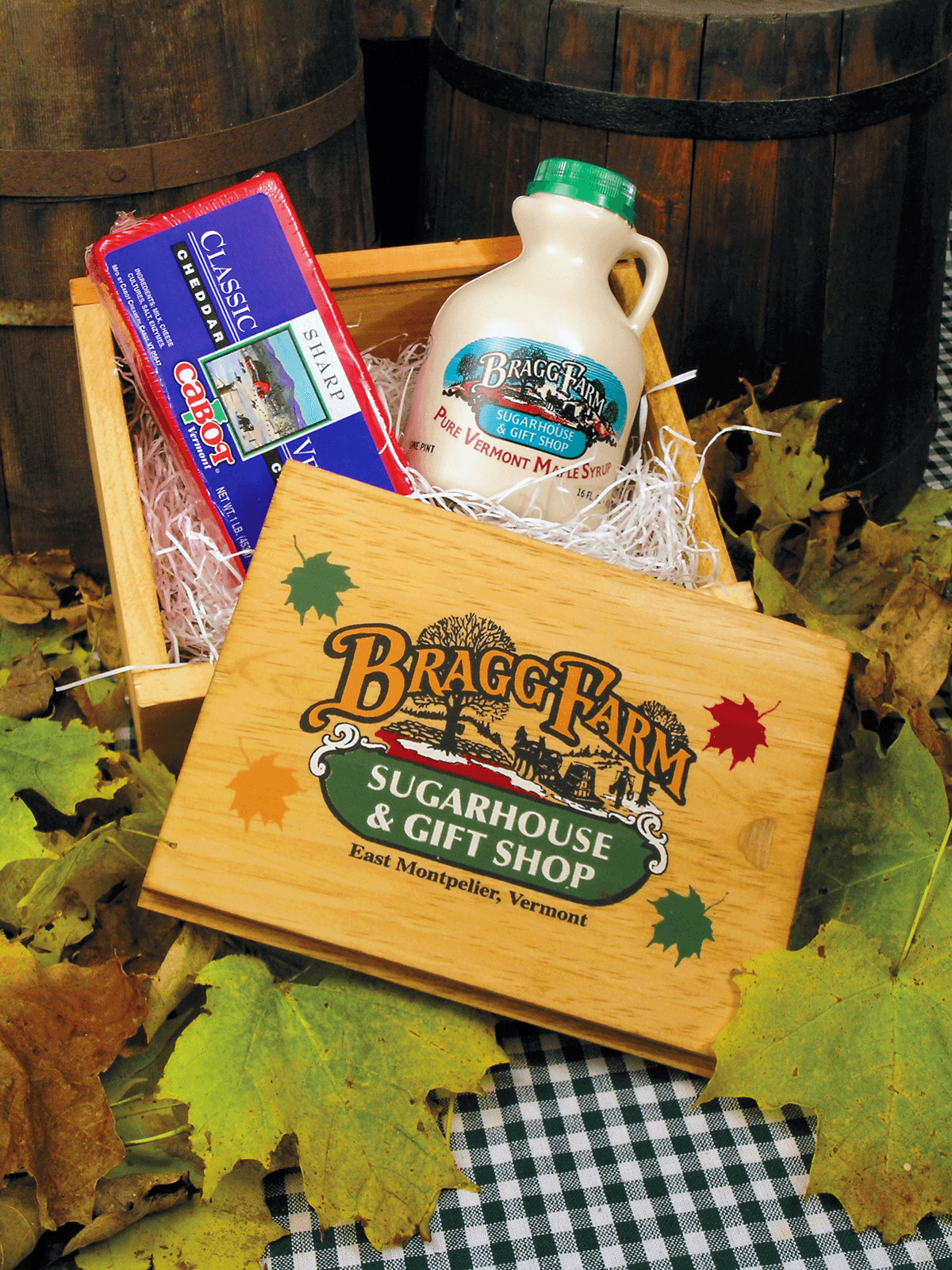 Image of a Bragg Farm Sugarhouse wooden gift box
