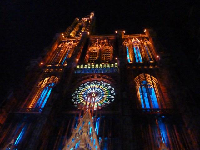 Cathédrale_Notre-Dame_de_nuit