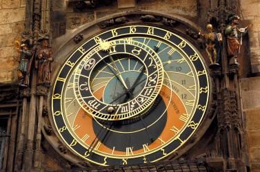 El Reloj Astronómico. Imagen: ©depositphotos.com/vicspacewalker