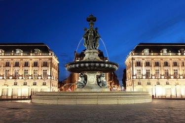 2. Plaza de la Bolsa en Burdeos Imagen: ©depositphotos.com/Boarding2Now