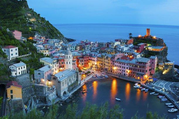 Amanecer en Vernazza, Cinque Terre.