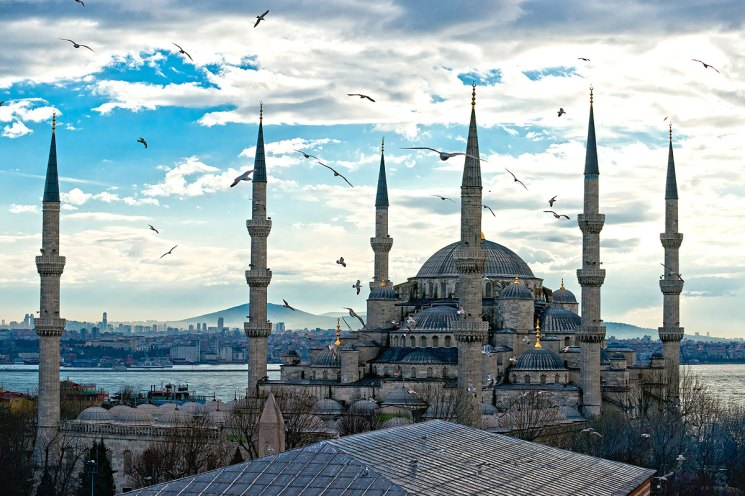 Puesta de sol sobre la mezquita azul (sultanahmet camii), Estambul, Turquía— Foto de masterlu