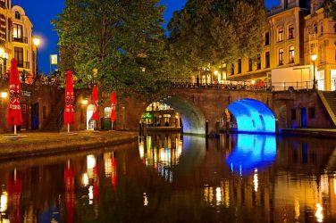 Canales iluminados de Utrecht - Foto: Tambako The Jaguar, CC BY ND 2.0