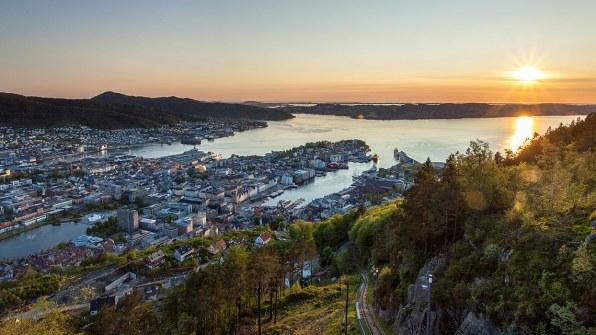 Vistas de Bergen desde el funicular Fløibanen