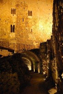 Restos de la cabecera del circo romano y torre del Pretorio, s I dC, modificada en época medieval, Tarragona - Foto: Tomàs Badia Navarro , CC BY SA 2.0