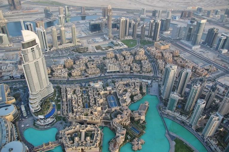 La impresionante vista de Dubai desde el Burj Khalifa