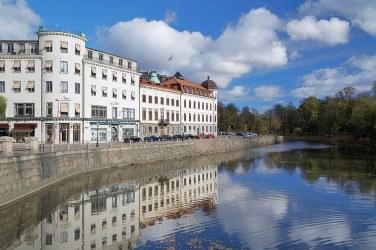 El Canal de Vallgraven (Vallgraven Moat) en Gotemburgo.