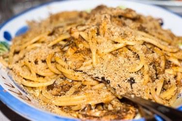 """""""Pasta con le sarde"""", Pasta con sardinas."""