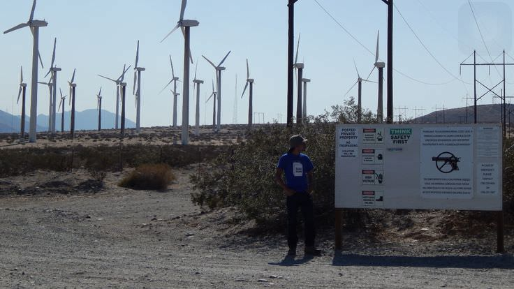 Trip to Huge Forest of Giant Wind Turbines-2