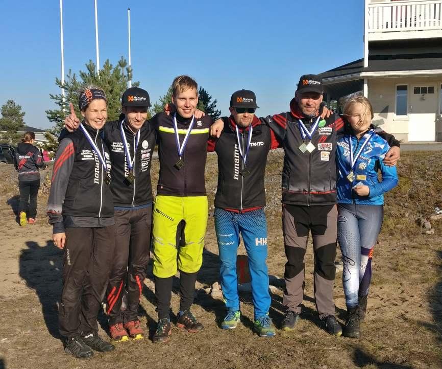 Jämi SM World Cup Race tapahtumassa palkittuja sulan maan suomenmestareita 2018. Kuvaaja: Katariina Lehtomäki