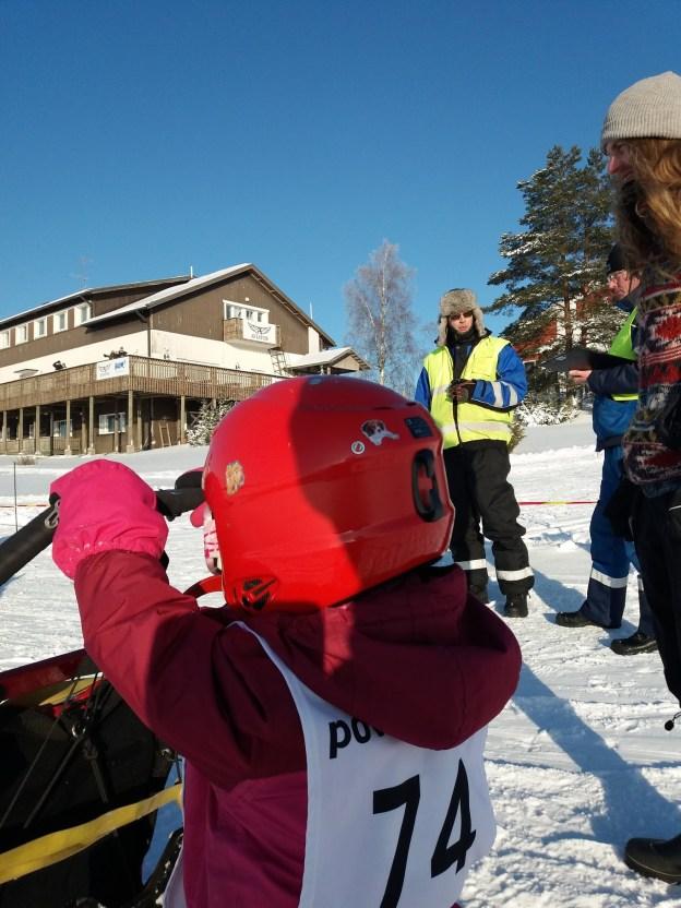 Jämin talvikisat 2018, lasten yhden koiran sprintti. Kuvaaja Jukka-Pekka Ahonen (vapaa käyttöoikeus)