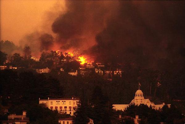 Oakland Hills Firestorm, 1991