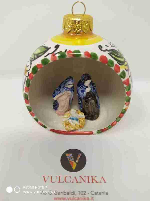 Palla di Natale con Presepe in Ceramica di Caltagirone