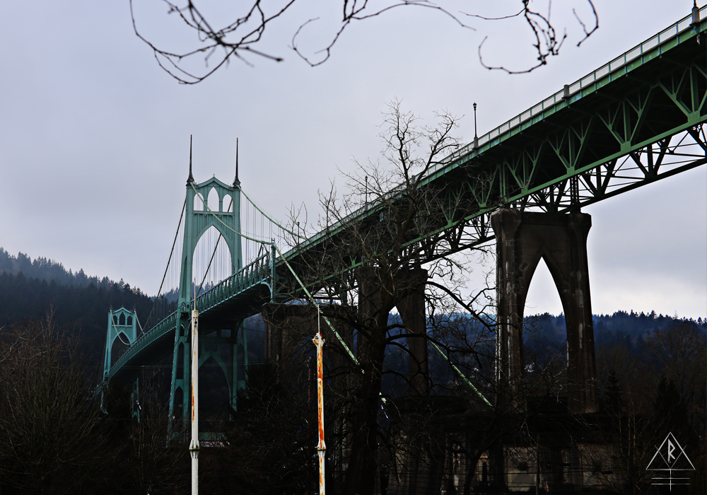 Cathedral Bridge, Portland, Oregon. North Edison Street and Pittsburgh Avenue, Portland, OR 97203