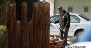 Detectives took inside and outside a home that was undergoing renovations after a man was found with major head injuries. (Gabriel D. Espinoza, Victor Valley News)