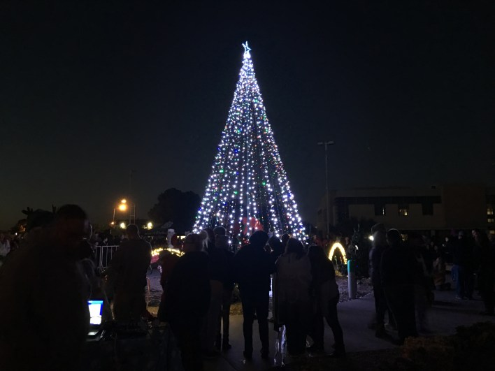 Victorville City Christmas Tree Lighting Ceremony (VVNG.com file photo - 2016)
