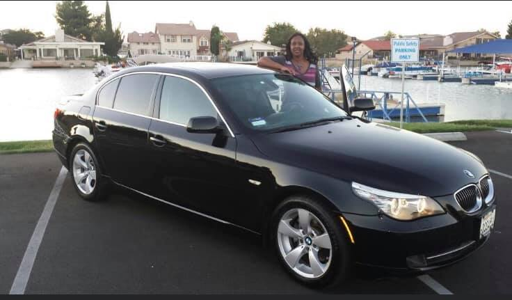 Izetta Burney is driving a black 2008 four door BMW with California license plate number 7EXG207.