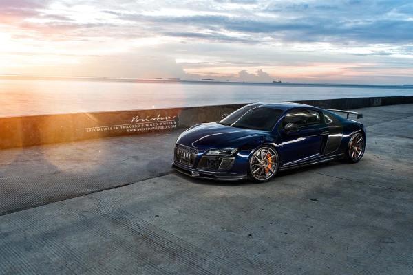 Фото дня: Audi R8 на закате | диски Brixton Forged R10D