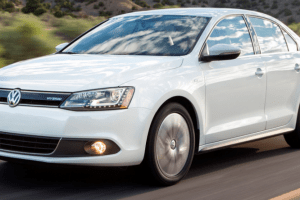 2013 Volkswagen Jetta Owners Manual and Concept