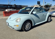 2005 Volkswagen New Beetle Owners Manual and Concept